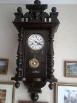Ремонт старинных настенных часов